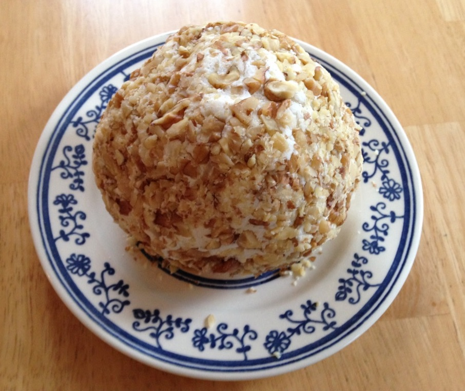 the finished cheeseball