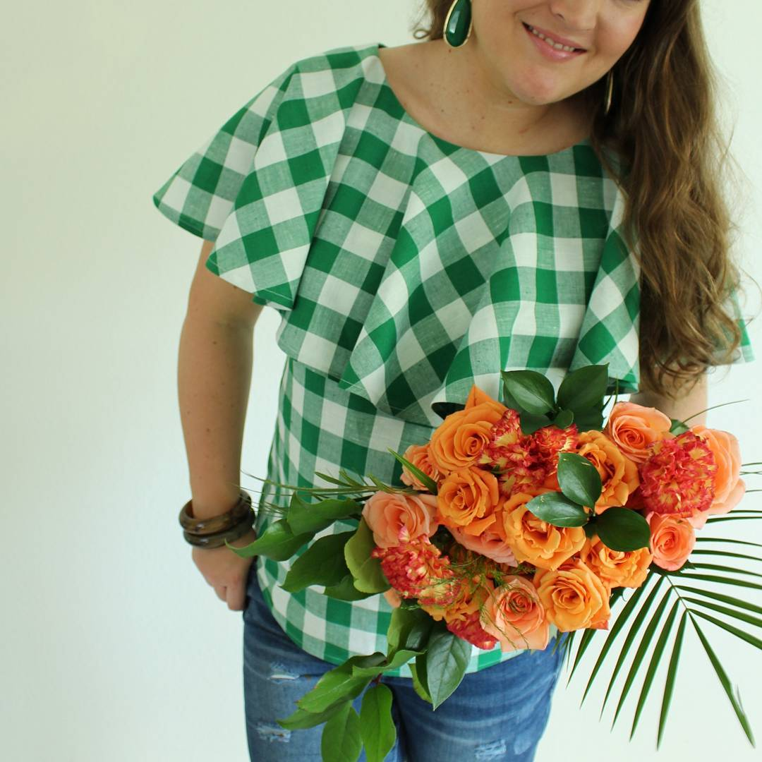 Nothing better than fresh flowers and a new blouse tohellip