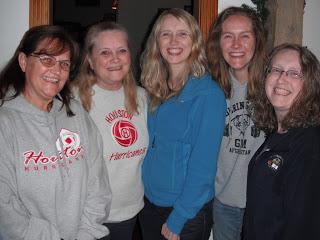 Aunt Barb, Mom, Lisa, Emily, Heidi