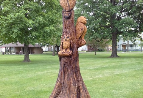 Owls tree stump art, Houston, Minnesota