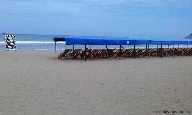 Empty Puerto Lopez beach ready for visitors