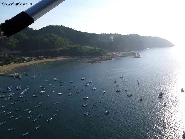 Ultralight flight - Puerto Lopez, Ecuador