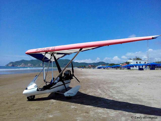 Ultralight plane - Puerto Lopez, Ecuador