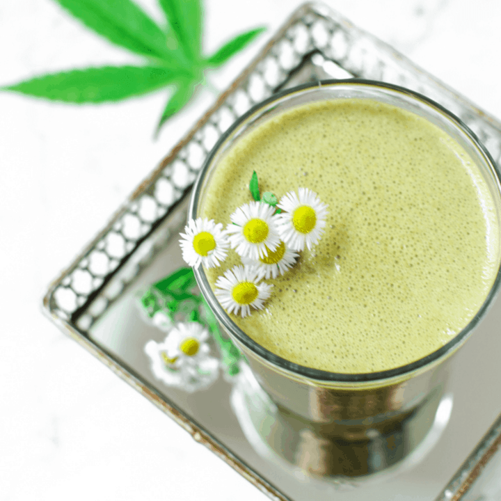 Mint Chocolate CBD Smoothie - Healthy Mint Chocolate CBD Smoothie