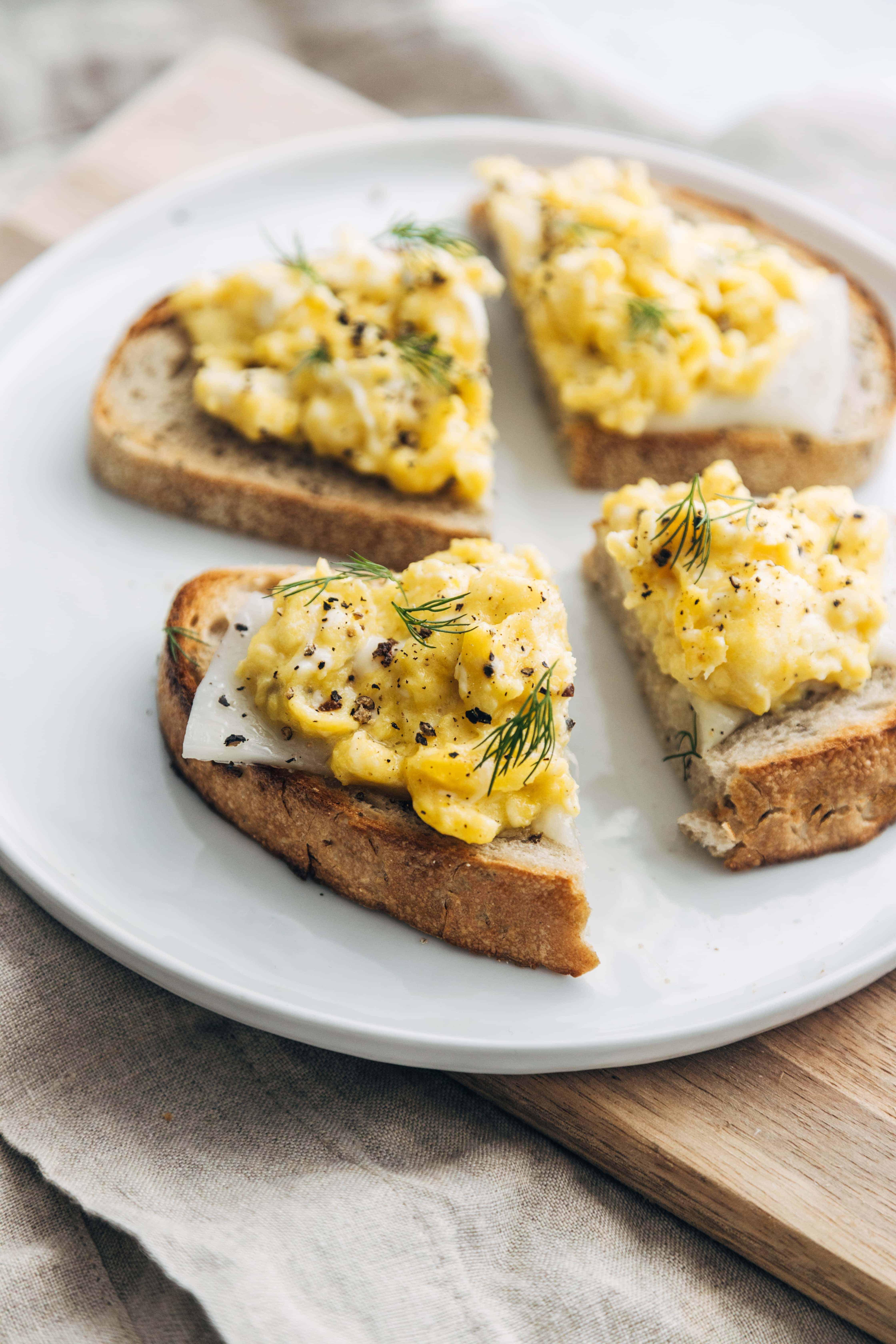 Classic Scrambled Egg & Cheese Toast Sliced