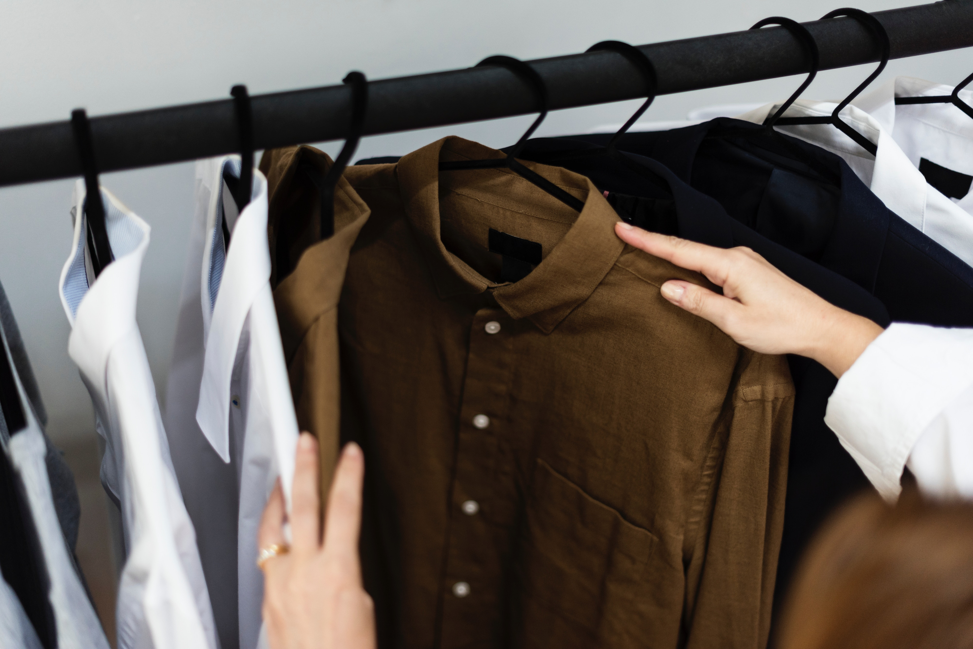 How to Plan and Organize a Capsule Wardrobe