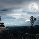 How Paying Attention to the Moon Has Helped Invite More Ease Into My Life