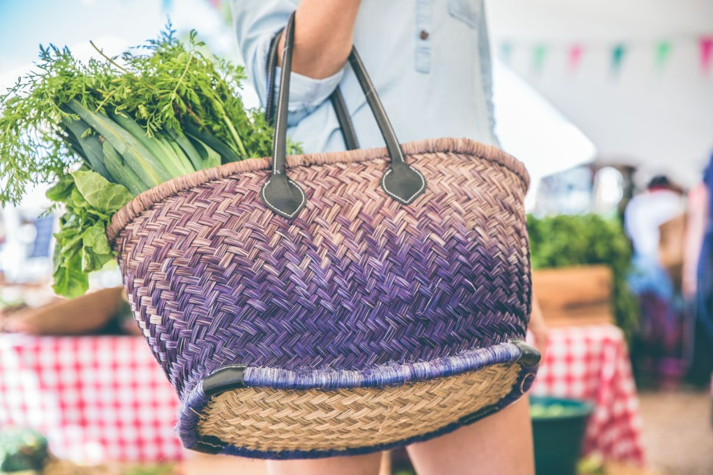 Cooking classes using farmers market produce