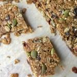 How to make healthy granola bars at home.