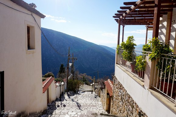 delphi-town-2