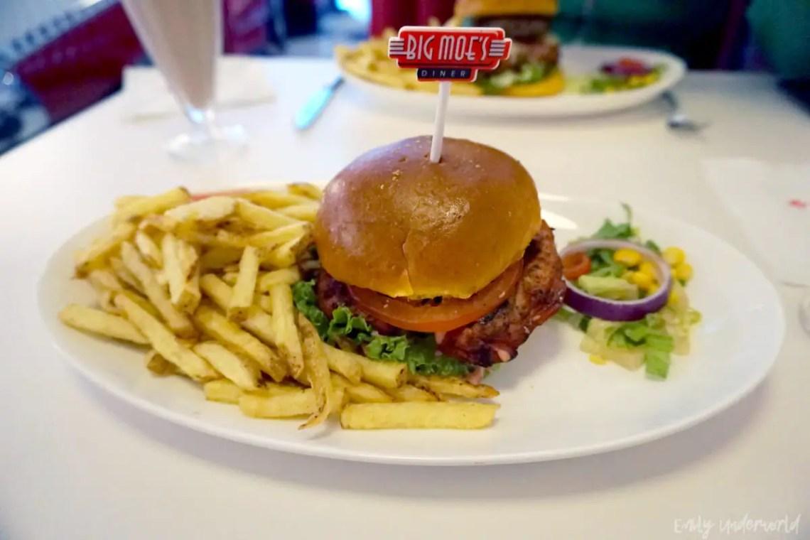 Big Moe's Diner Tandoori Chicken Burger