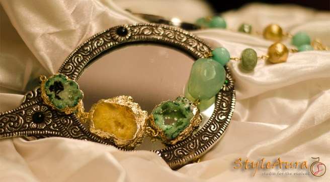 styleaura-h-yellow-green-druzy-choker-with-textured-gold-pearl