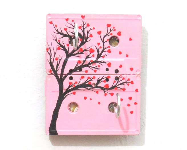 Funky & Vintage Cassette Keychain holder