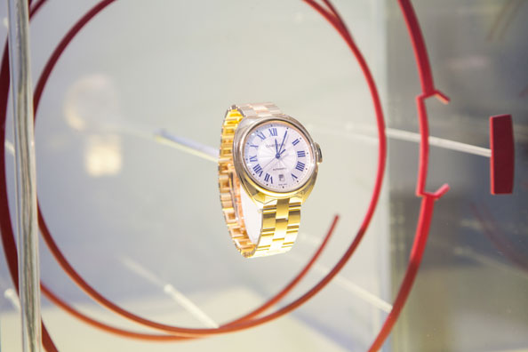 A timepiece from Cle de Cartier collection
