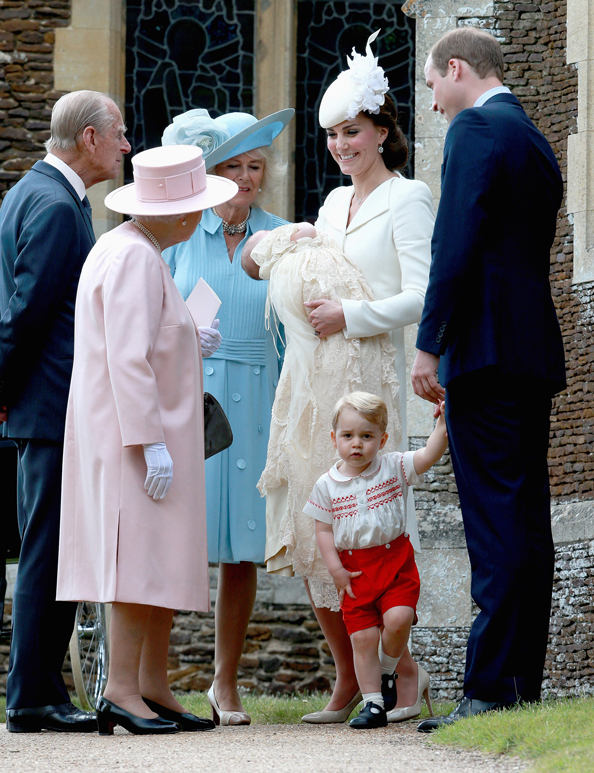 Princess Charlotte, Prince George, Kate Middleton, Prince William, Queen Elizabeth