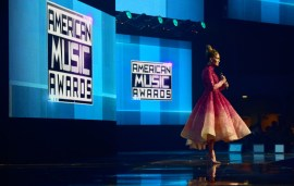 J-Lo Wears Dubai Designer Michael Cinco At The AMAs