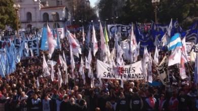 Photo of Cientos de miles marcharon por pan y trabajo en la celebración de San Cayetano