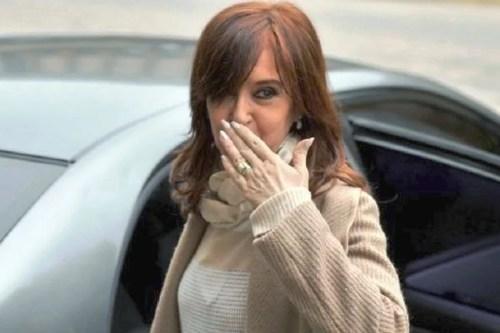 Dictaron falta de mérito a Cristina en la causa por subidios al gasoil