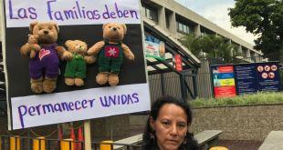 Manifestación en la Embajada de Guatemala