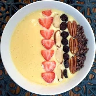Smoothie Bowl Yoghurt Banana Coconut Water Mango Strawberry Blackcurrant Avocado Kiwi Pineapple Peach Nuts Cacao Cherry