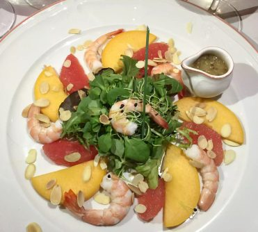 Pequeno Mundo Restaurant - Algarve - Portugal Prawn & Mango Salad