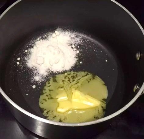 Easy Béchamel Sauce by Emma Eats & Explores - SCD, Paleo, Glutenfree, Grainfree, Sugarfree, Clean Eating
