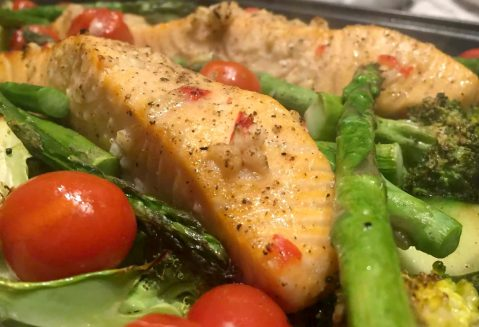 Chilli, Lime & Garlic Salmon Traybake by Emma Eats & Explores - SCD, Paleo, Grainfree, Glutenfree, Sugarfree, Dairyfree, Pescatarian