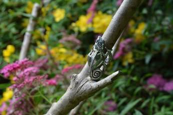 Chameleon-Ring-2-Emma-Keating-Jewellery.jpg