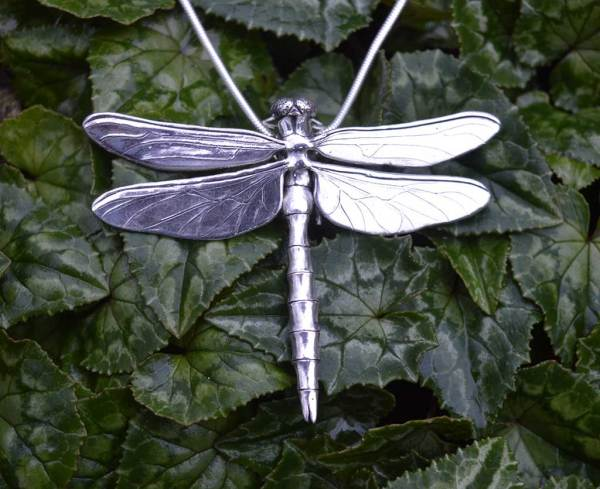Brilliant Emerald Dragonfly Pendant-1---Emma-Keating-Jewellery