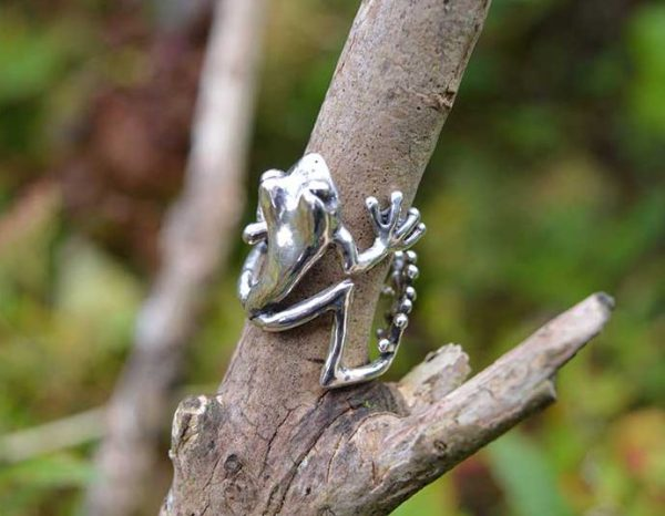 Frog-Ring-2-1---Emma-Keating-Jewellery