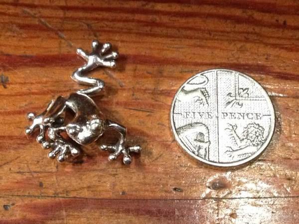 Mini Tree Frog Ornament -Emma-Keating-Jewellery
