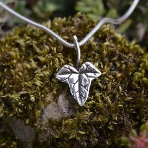 Ivy Pendant 4 - Emma Keating Jewellery