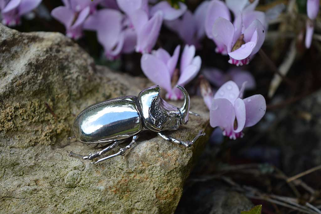 Rhino-Beetle-1---Emma-Keating-Jewellery