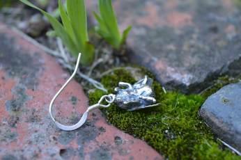Bumble-Bee-drops-3---Emma-Keating-Jewellery