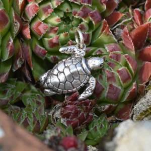 Turtle-Charm-4---Emma-Keating-Jewellery