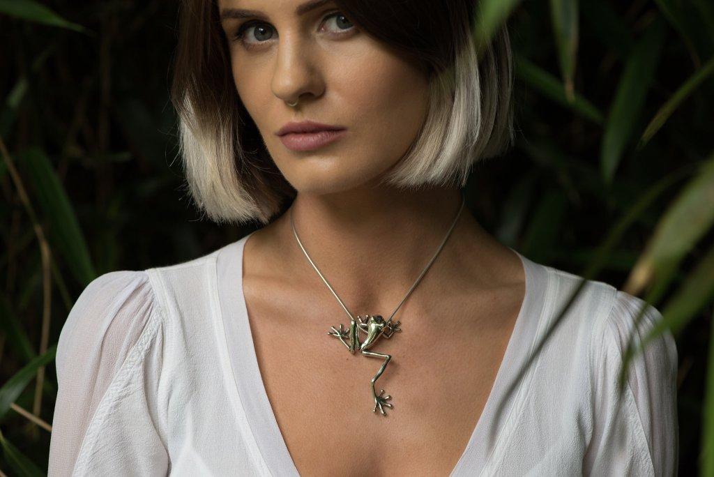 Tree Frog Pendant L - Emma Keating Jewellery CW2