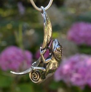 Chameleon pendant 3 - Emma Keating Jewellery