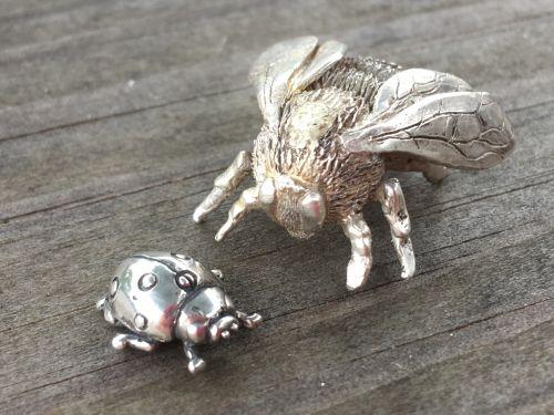 (unpolished) Queen Bumblebee Ornament and ladybird