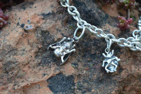 Bee charm underside s - Emma Keating Jewellery