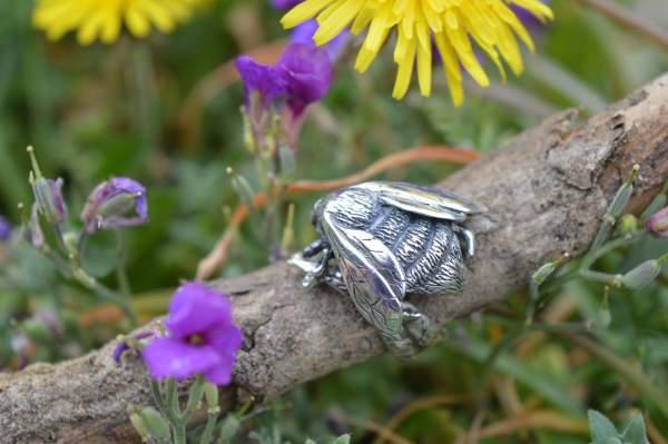 Queen Bee RIng 1s - Emma Keating Jewellery