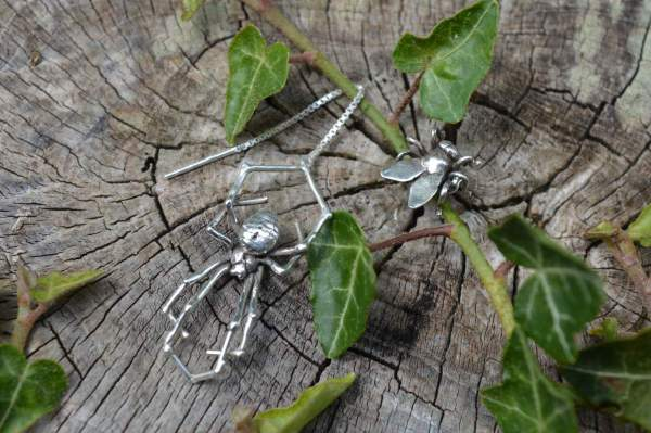 Spider & Fly Earrings 4s - Emma Keating Jewellery