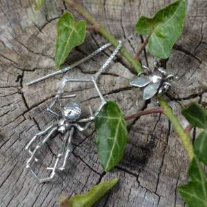 Spider & Fly Earrings 4s - Emma Keating Jewellery