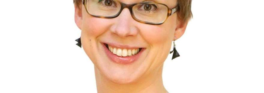 Kiira Lasarov-Pernaja suosittelee Emma Lindqvistiä eduskuntavaaleissa 2019