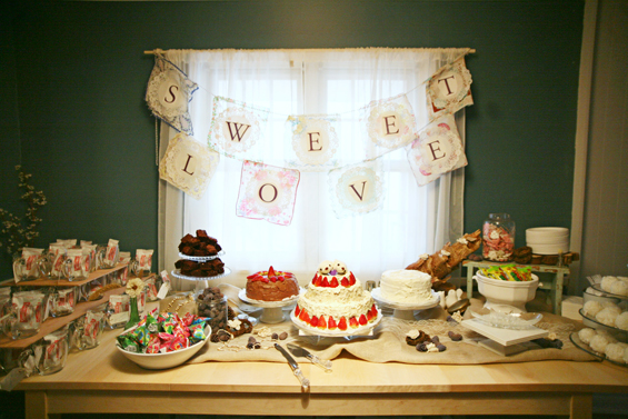 sweet-love-cake-buffet