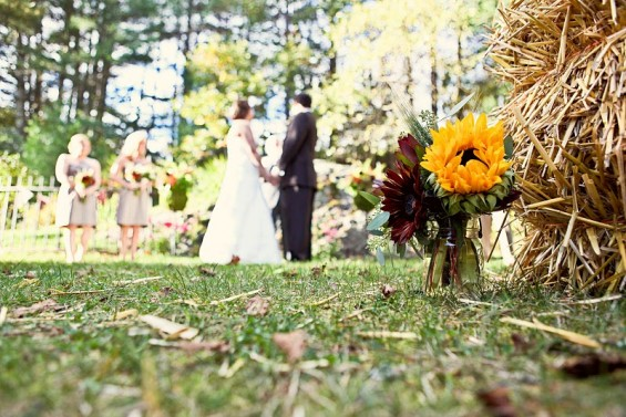 rustic wedding sunflowers