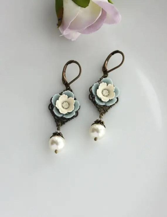 vintage inspired ivory pearl flower pansy earrings