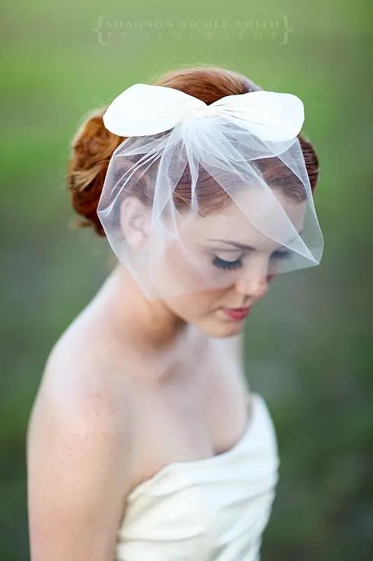bridal bow veil