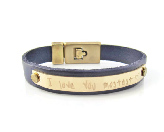 75 Best Valentine's Gifts They'll Actually Want | http://emmalinebride.com/gifts/unique-valentines-day-gifts/