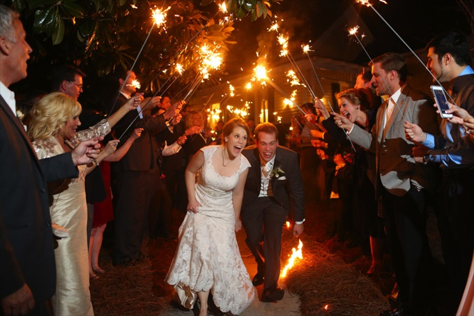 bride and groom sparkler sendoff | Sarah + JJ's Pretty Wedding at 173 Carlyle House | http://www.emmalinebride.com/real-weddings/pretty-wedding-173-carlyle-house/ | photo: Melissa Prosser Photography - Atlanta Georgia Wedding Photographer