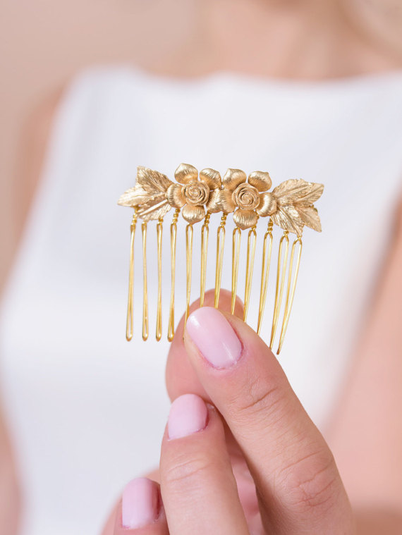 flowers and leaves hair comb - comb photo